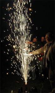 Виновник «торжества» — холодный фейерверк