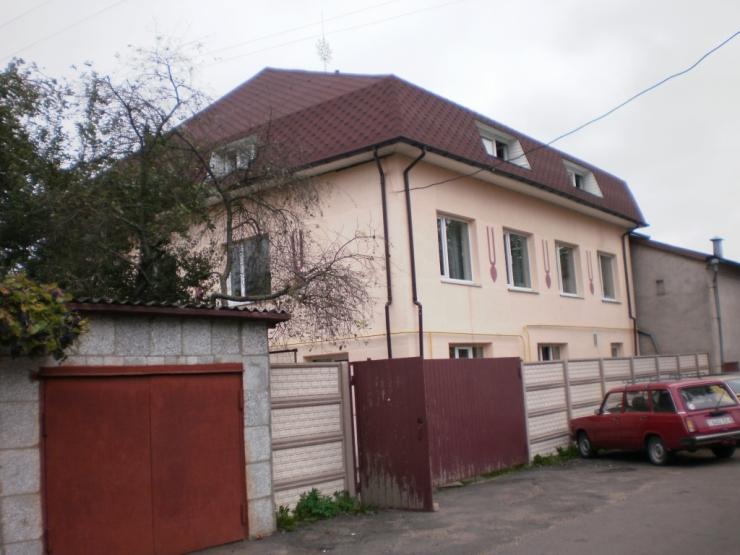 коттедж кришнаитов - улица Павлова, 11