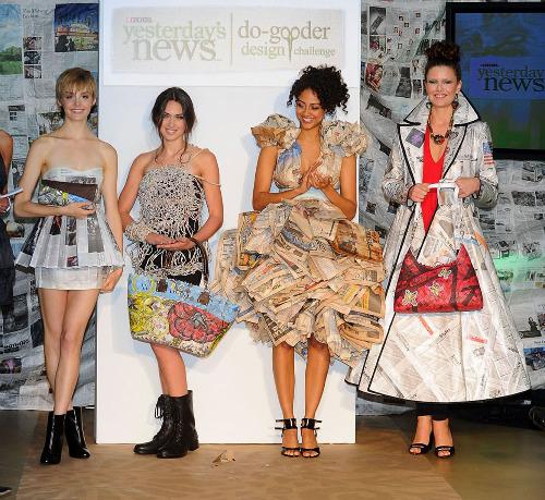 Одежда из газеты фото