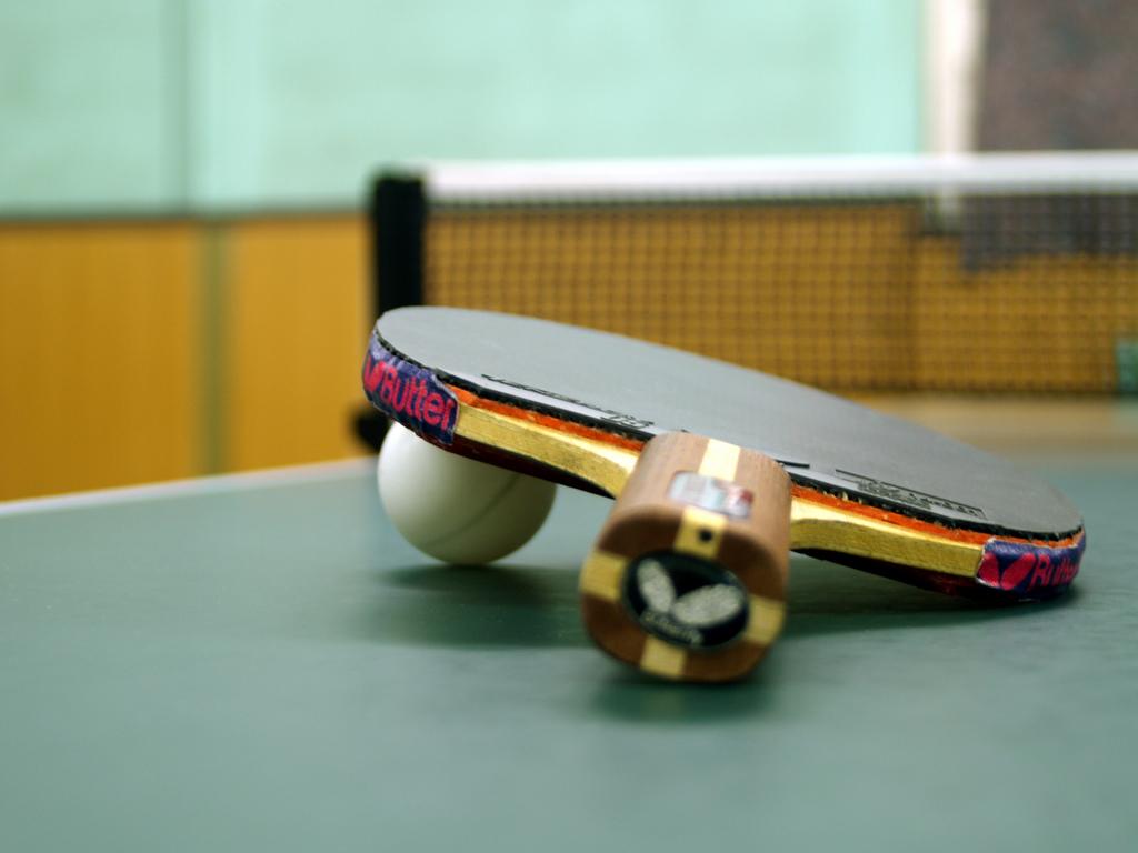 nastolnyj-tennis-ping-pong-pravila-igry-01