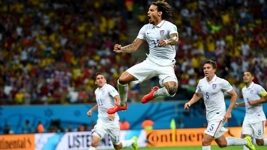 Jermaine-Jones-of-the-United-States-celebrates-scoring-his-teams-first-goal