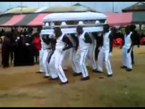 Министерство ЖКХ утвердило правила профессиональной этики в похоронном деле