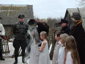 Обливали бедных детей ледяной водой