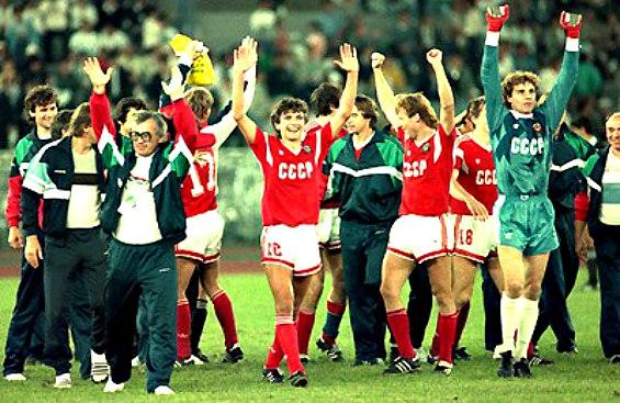 Сборная СССР по футболу после финала Олимпиады-88 в Сеуле