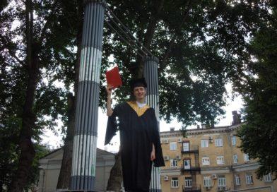 Оказывается, красный диплом нужен не только для того, чтобы накрывать доширак!