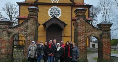 «Я была в разных городах Беларуси, но Вороновщина удивила». Экскурсия по святыням Вороновского края