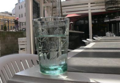 Социальный эксперимент: нальют ли в Минске бесплатный стакан воды