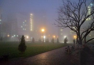 Прохожий в тумане: как Минск на неделю остался без ясной видимости
