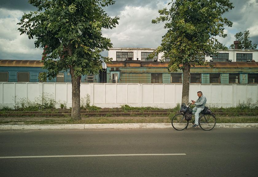 человек на велосипеде фотография