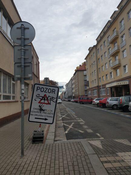 пример тега в Праге